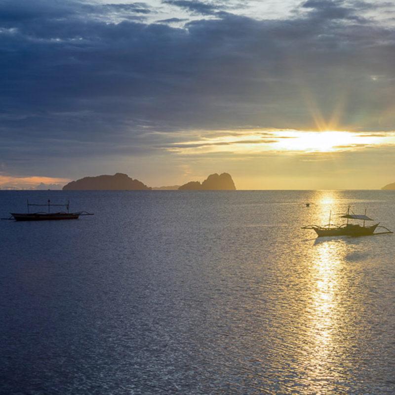 Sunrise in Taytay Bay